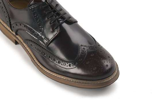 Brown brogue shoes, Oxford Shoes